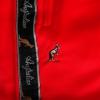 Australian Bermuda Triac bies bright red