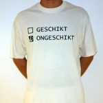 GESCHIKT/ONGESCHIKT Shortsleeve creme